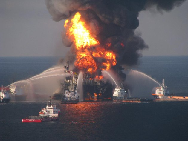 BP rig fire 2010